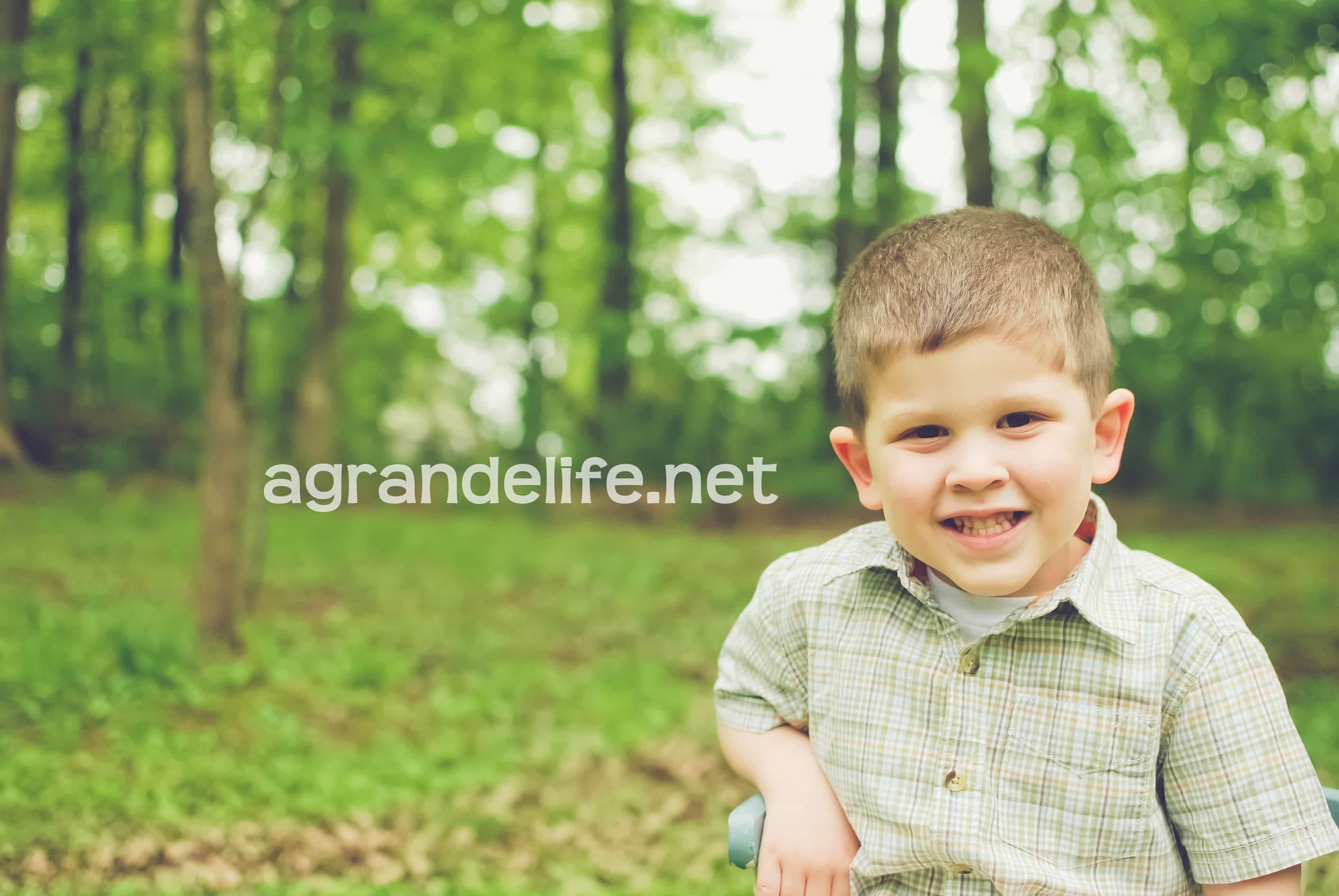 http://agrandelife.net/wp-content/uploads/2012/05/ethan-5wm.jpg