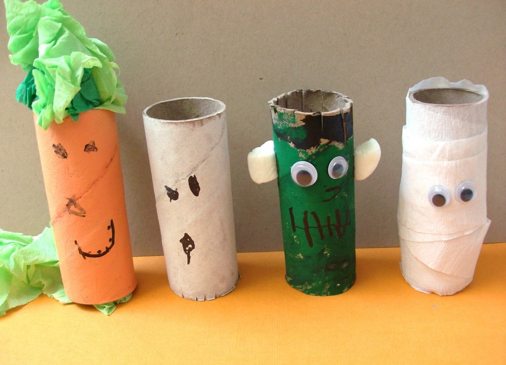 10 halloween crafts for kids Toilet paper roll centerpieces
