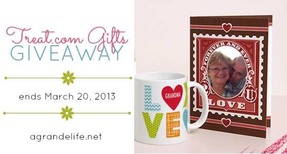 Personalized Gifts from TREAT + a Giveaway | A Grande Life
