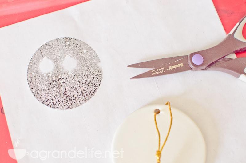 DIY Photo Tranfer Ornaments-4