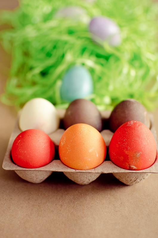 how to have an easter egg dying party-7