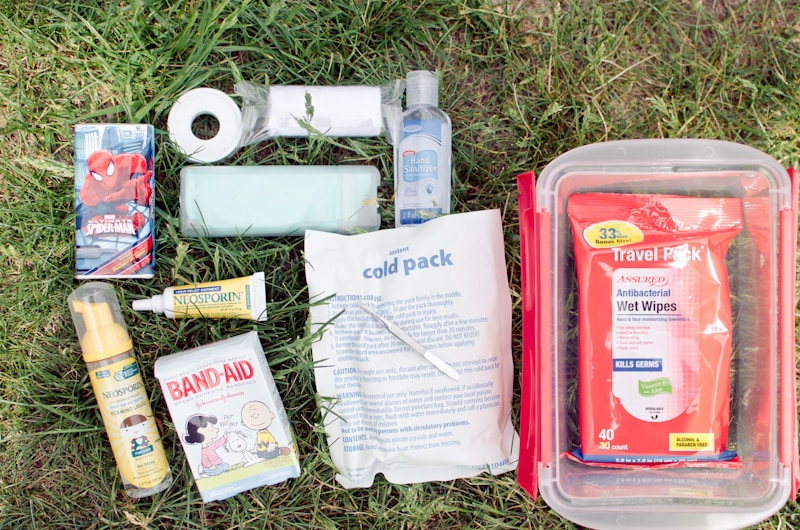 creating a summer first aid kit-3