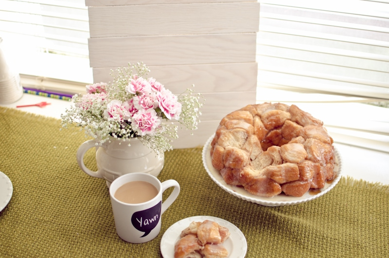 food photography pull back monkey bread-3