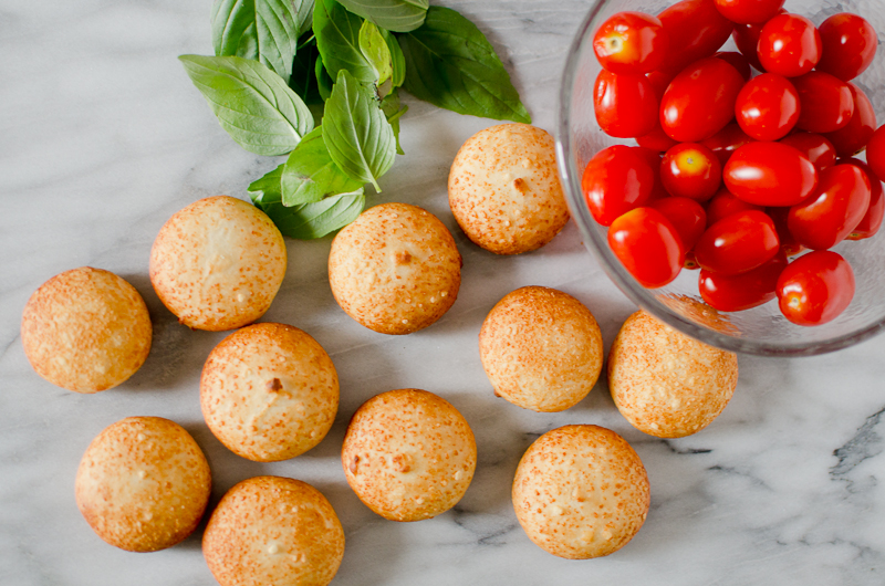 mozzarella caprese bites-4