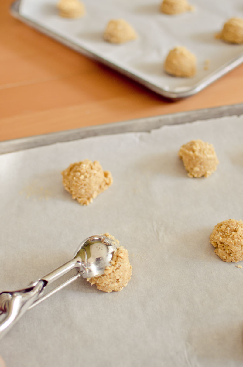 iced oatmeal cookies-1