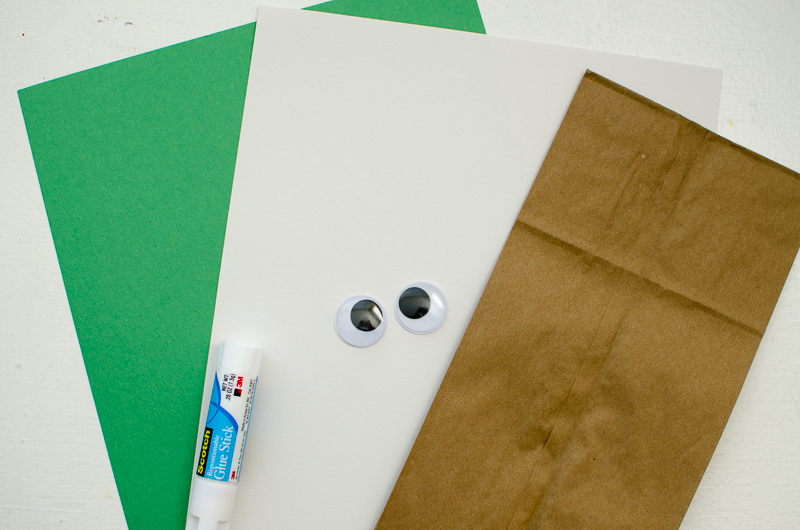 yoda paper bag puppet-1