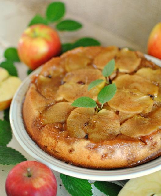 apple-upside-down-cake