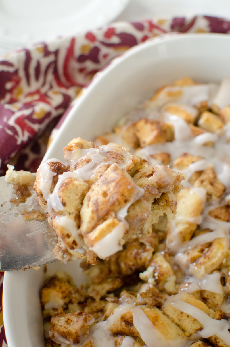 overnight-cinnamon-roll-french-toast-bake-11