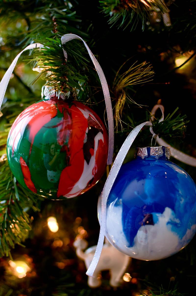 drip-paint-ornaments-6