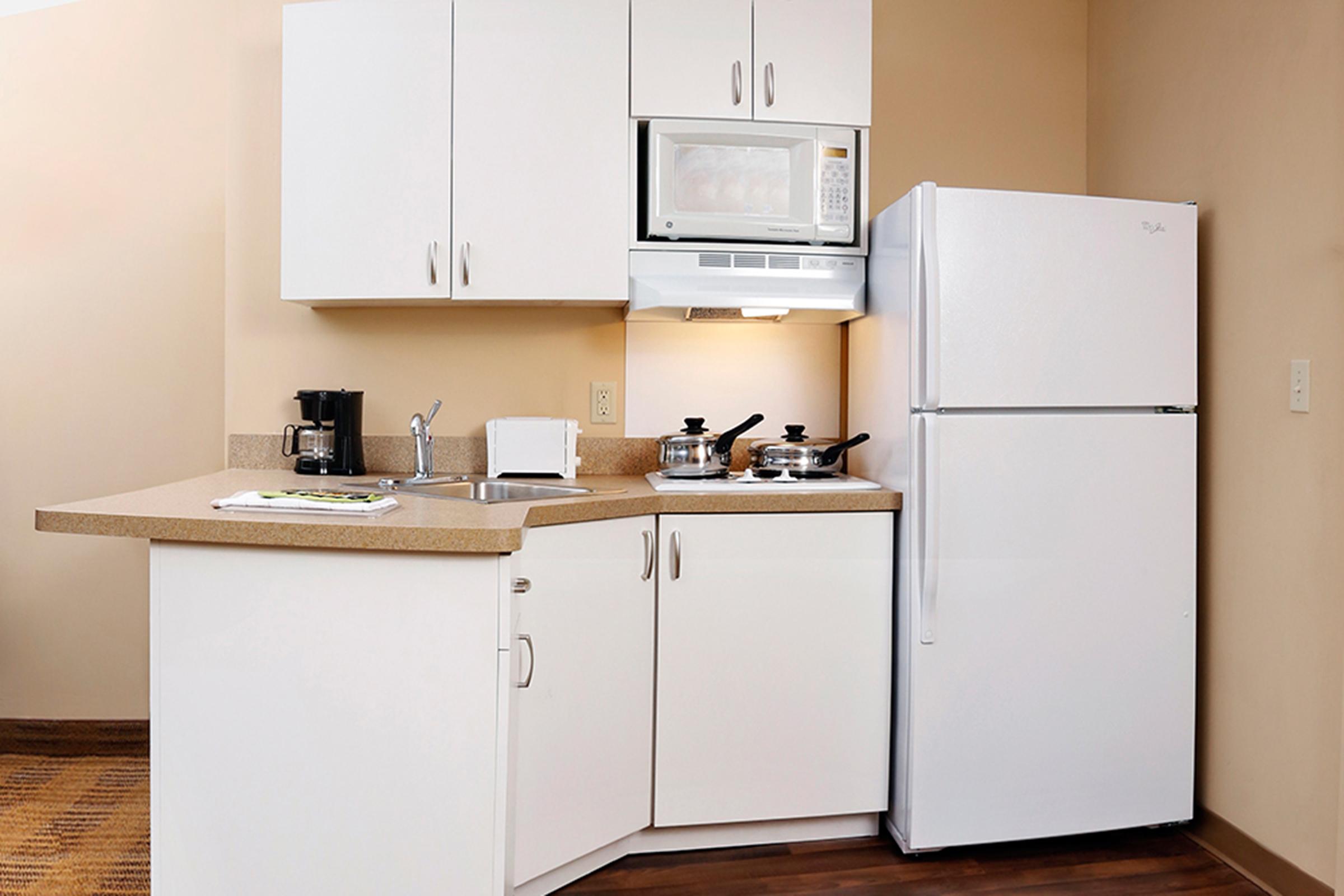 ESA_kitchen_2400x1600.jpg