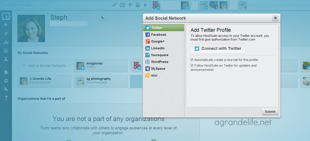 adding a network to hootsuite