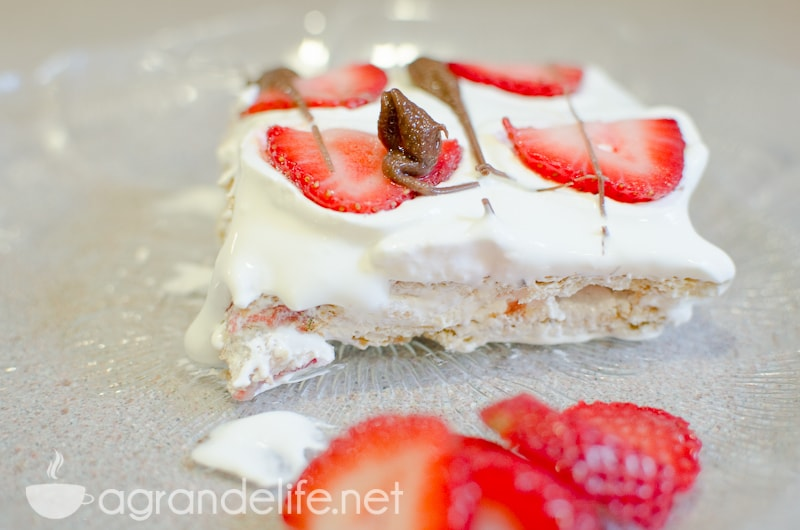 No-Bake Strawberry Icebox Cake-2