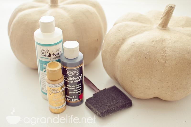 chalkboard pumpkins-1