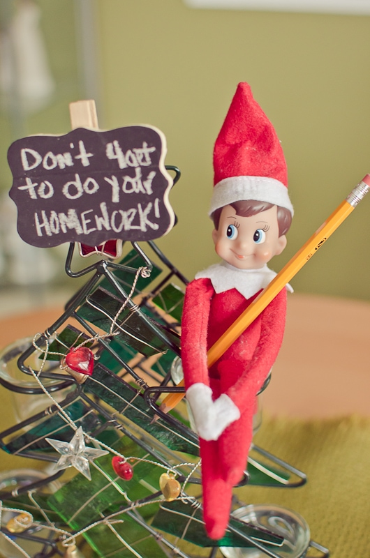 elf on the shelf ideas-1