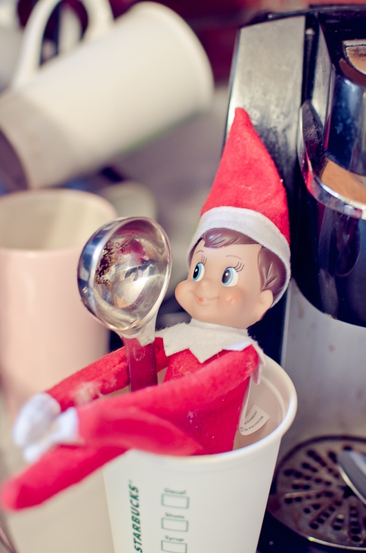 elf on the shelf ideas-3