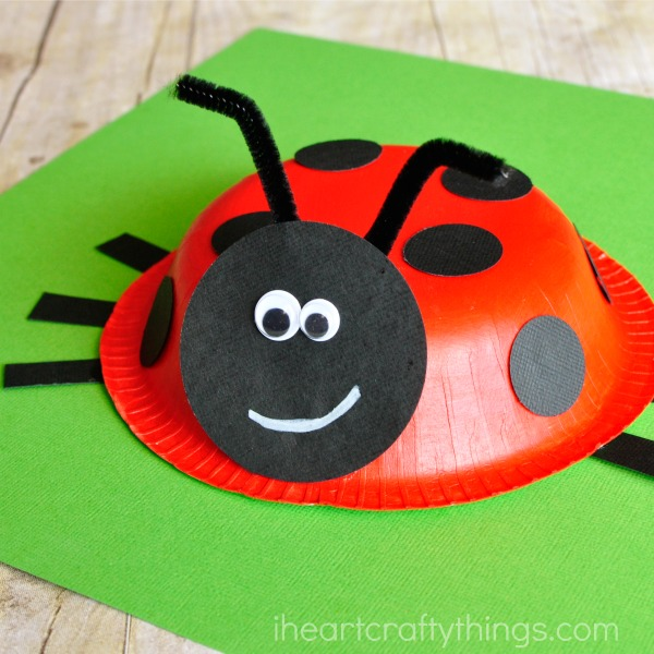 paper-bowl-ladybug-craft-3