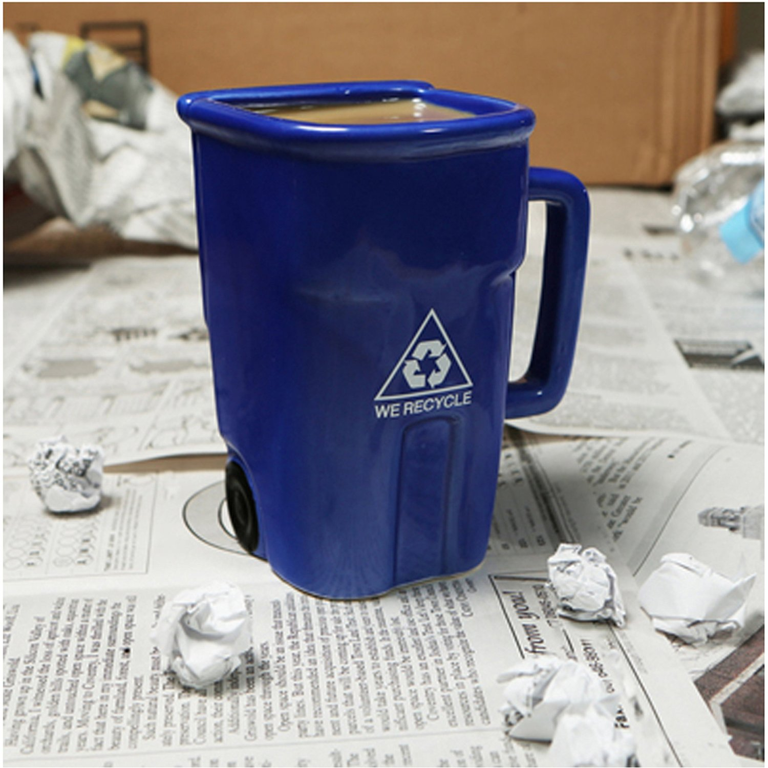 recycle bin coffee cup