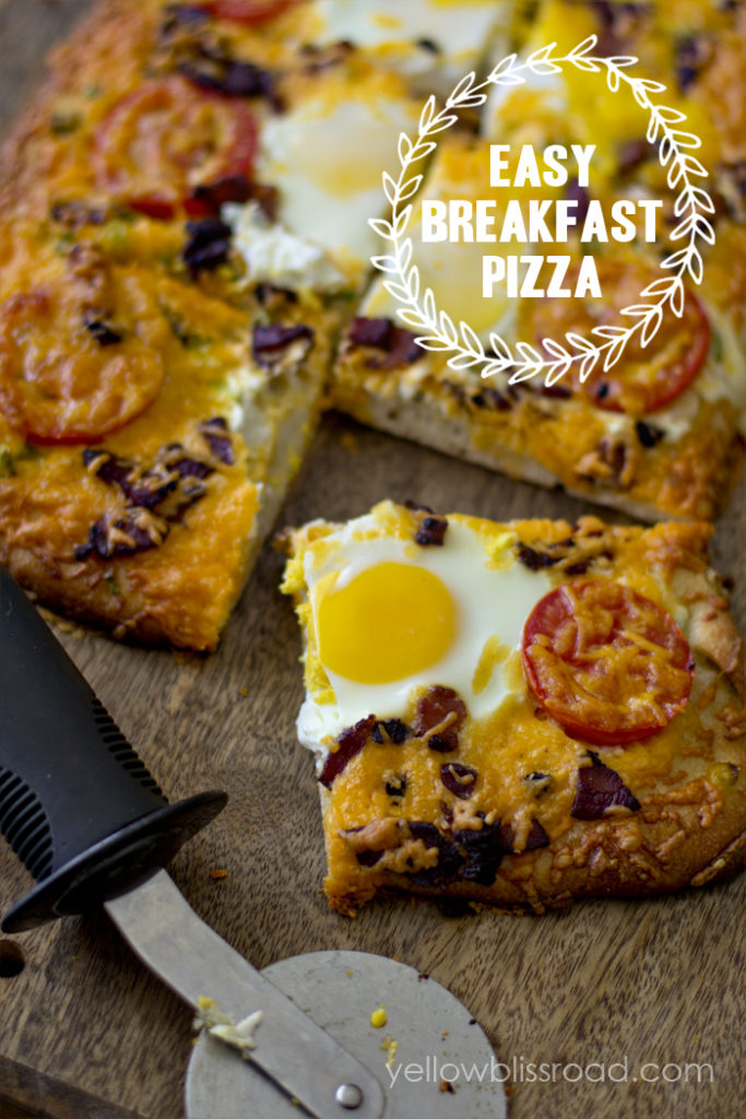 Easy-Breakfast-Pizza