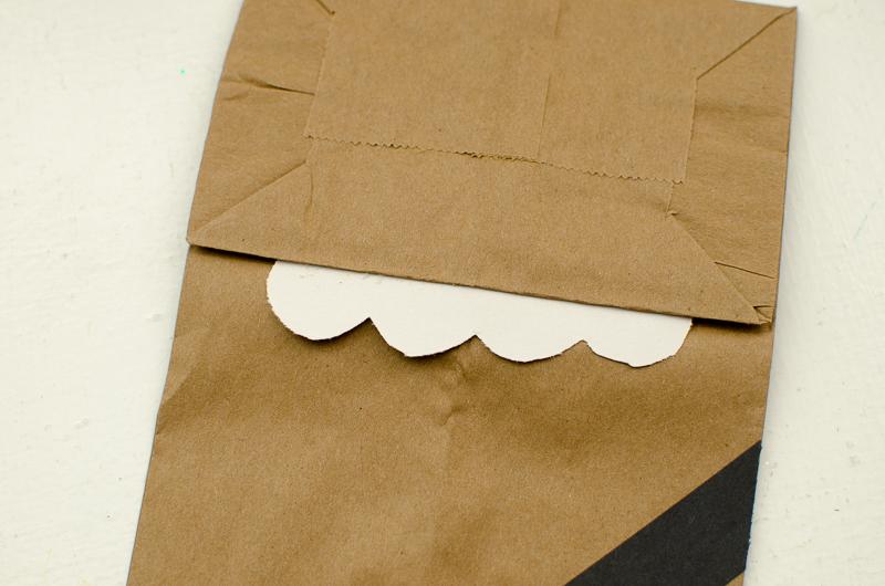 chewbacca paper bag puppet-4