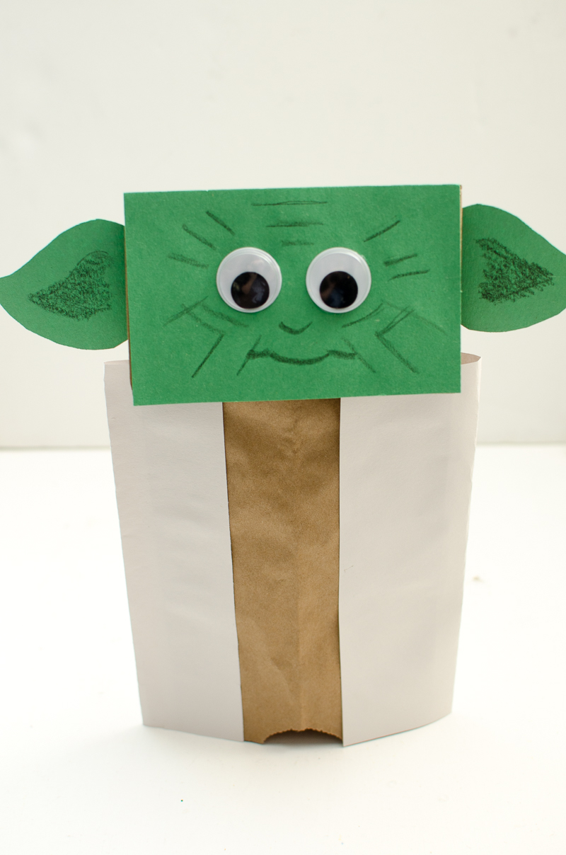 yoda paper bag puppet-11