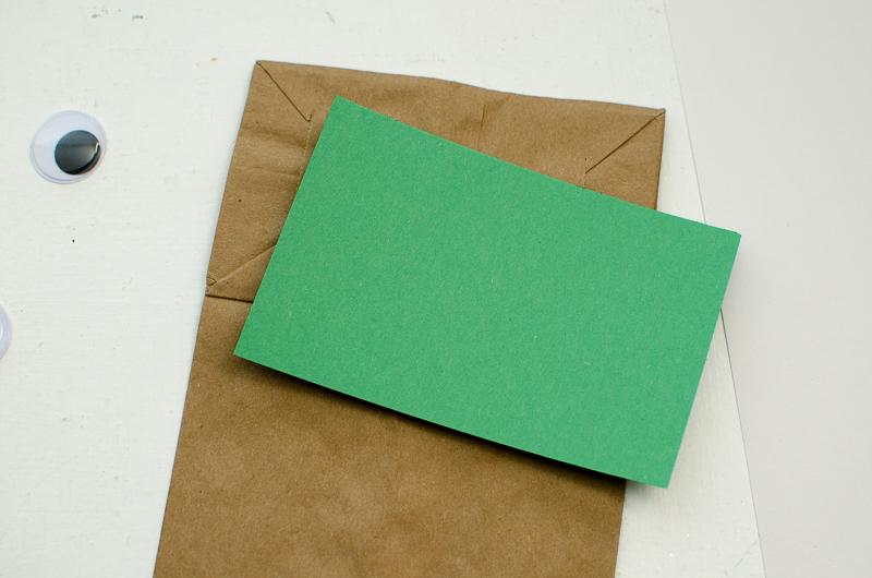 yoda paper bag puppet-2