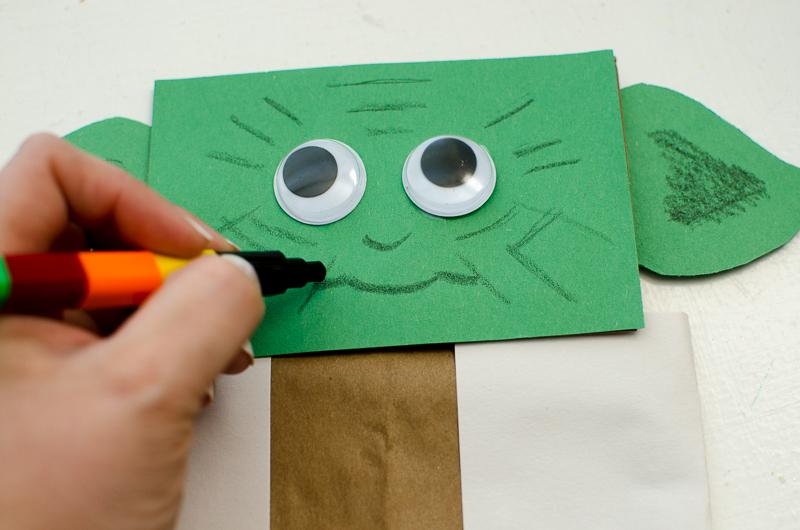 yoda paper bag puppet-6