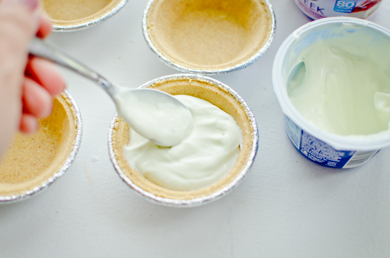 frozen yogurt mini-pies-3