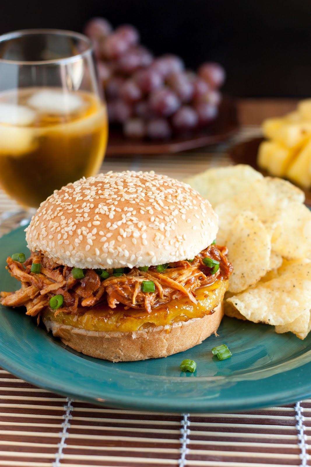 hawaiian+bbq+pulled+chicken+sandwich3