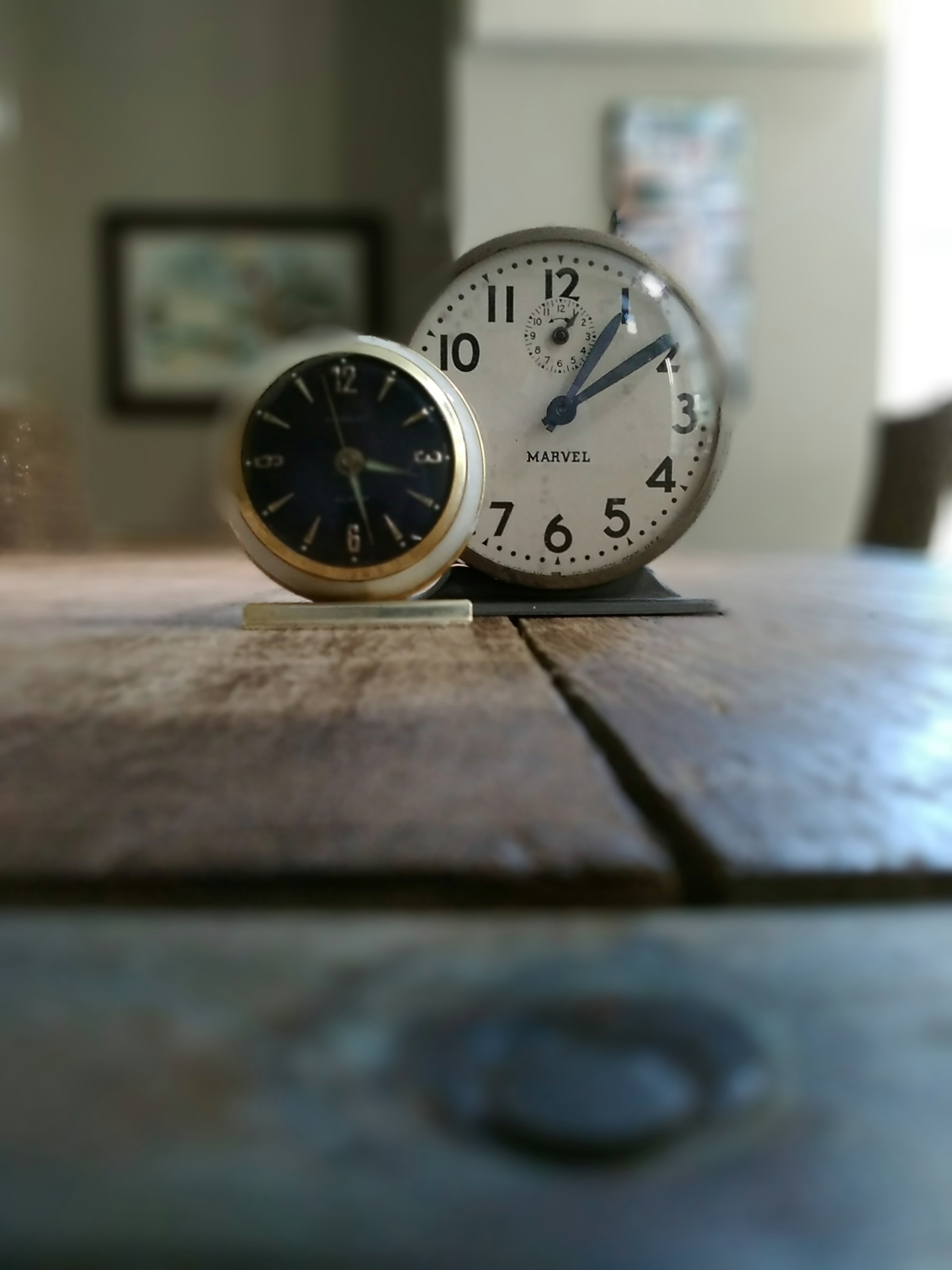 Clocks_Bokeh