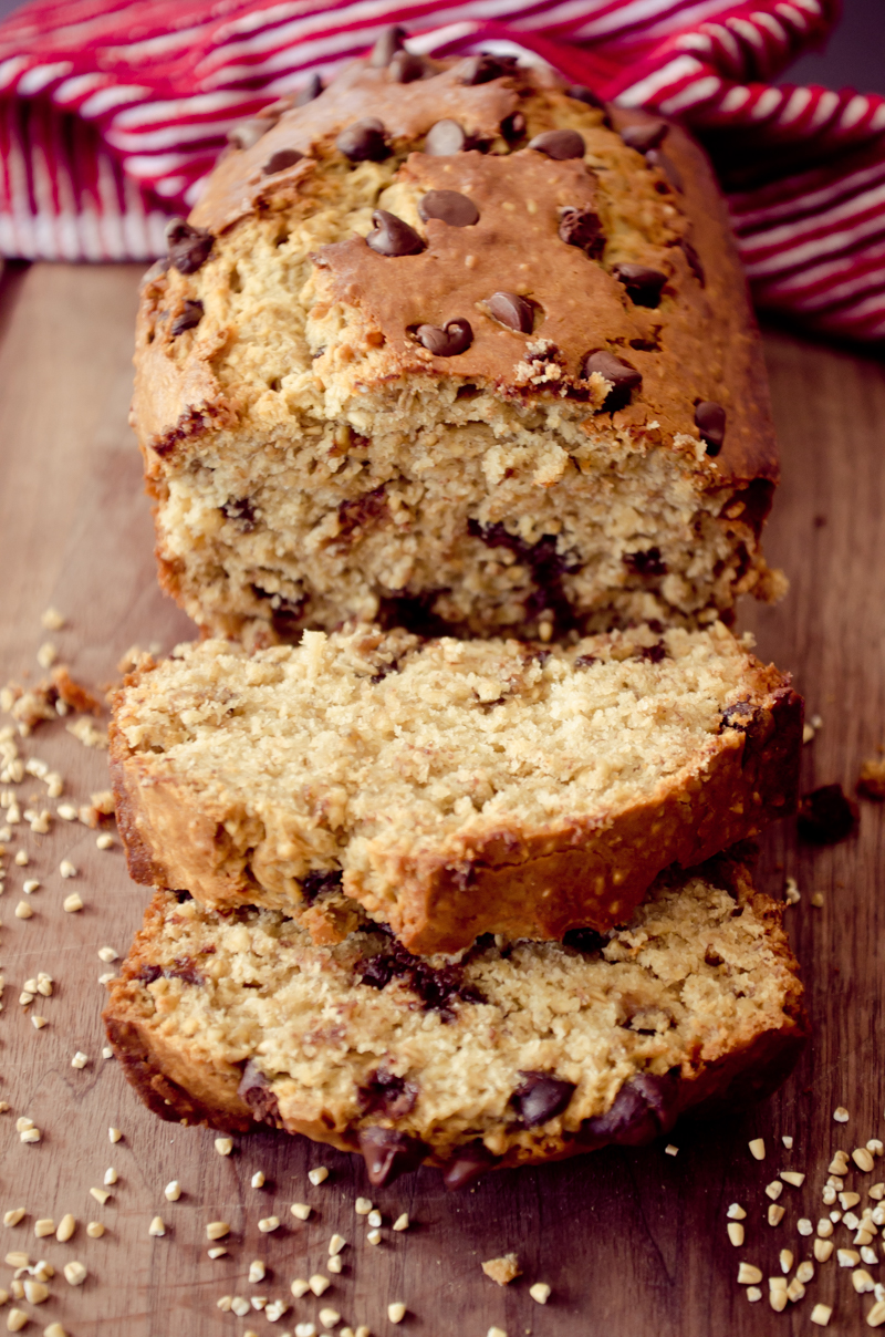 chocolate chip oatmeal banana bread-13