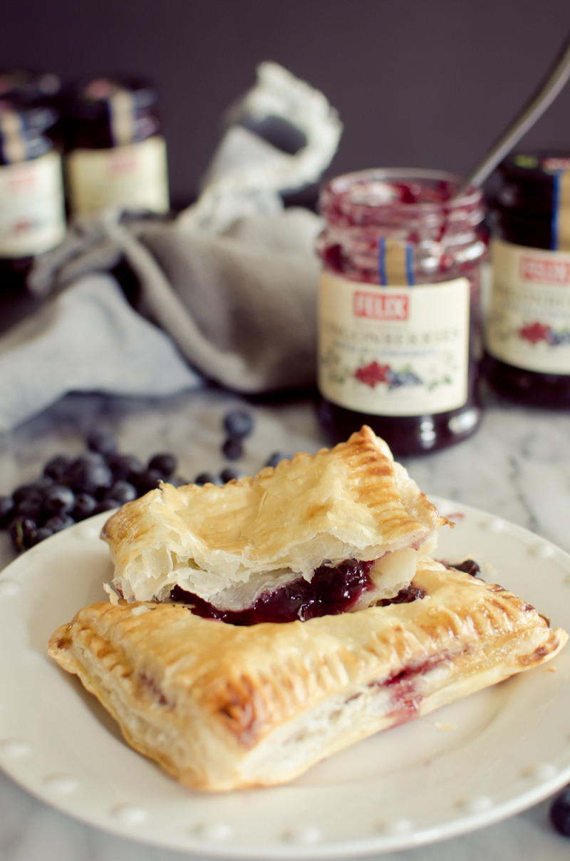 blueberry-lingonberry-toaster-strudel-11