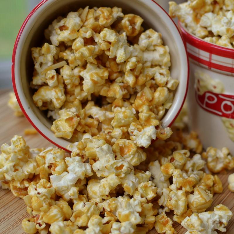 almond-caramel-popcorn-2