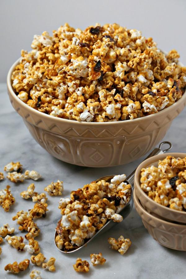 bacon-bourbon-caramel-popcorn-3