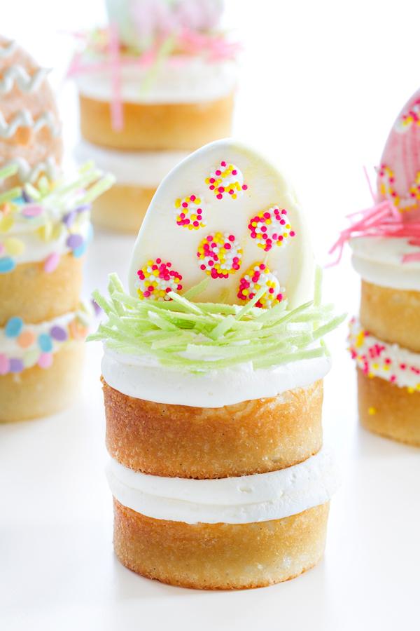 Easter-Mini-Cakes