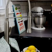 Hands-Free Kitchen Fixtures and 5 Other Magic Kitchen Fixes