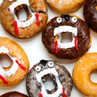 Vampire Donuts - Easy Halloween Treats!