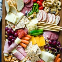 How to Create the Perfect Summer Charcuterie Board