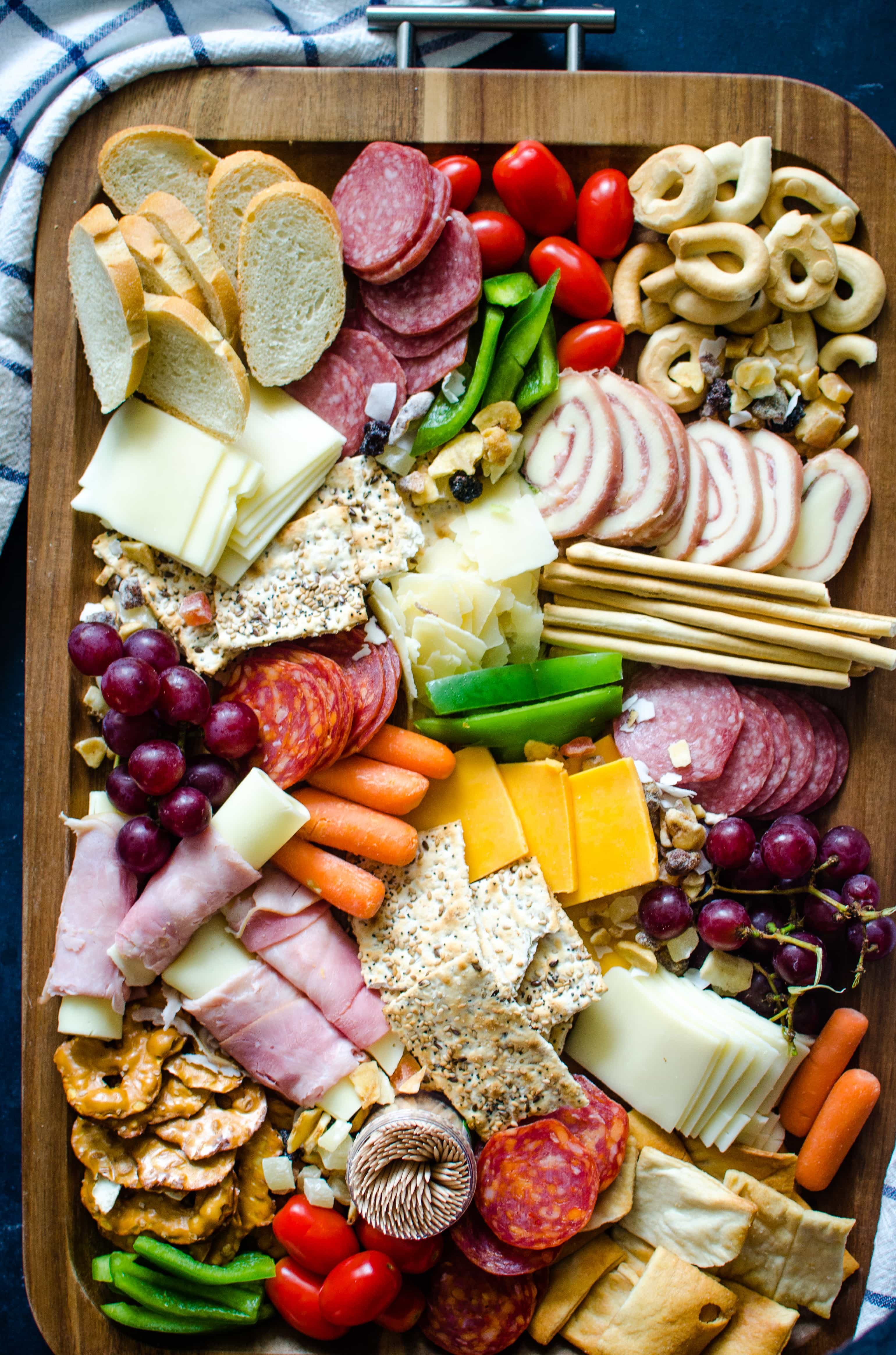 30 Ways To Make Your Home Pinterest Perfect: How To Create The Perfect Summer Charcuterie Board
