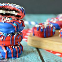 4th of July Chocolate Covered Oreos - Easy 4th of July Desserts
