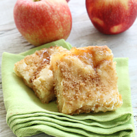 Sweet Apple Pie Sugar Cookie Bars