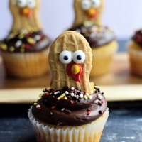 Nutter Butter Turkey Cupcake Toppers