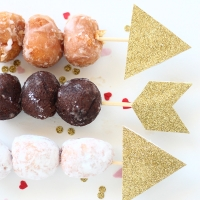 DIY   Cupid's donut hole arrows